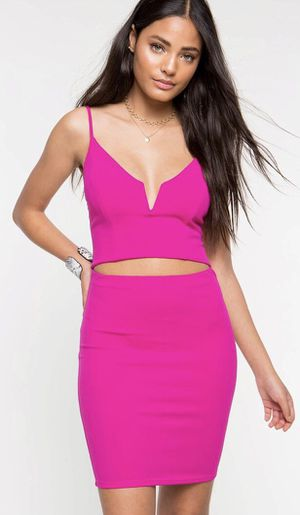 Hot pink dress for Sale in El Paso, TX