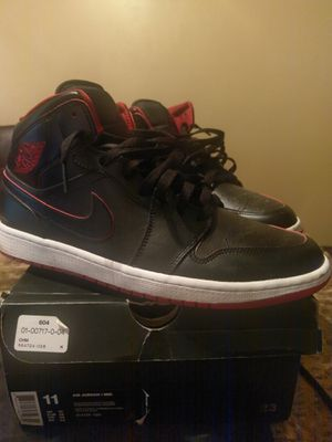 Nike Air Jordan 1 Mid for Sale in Cleveland, OH