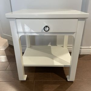 Used Nice Elegant White Side Table for Sale in Tustin, CA