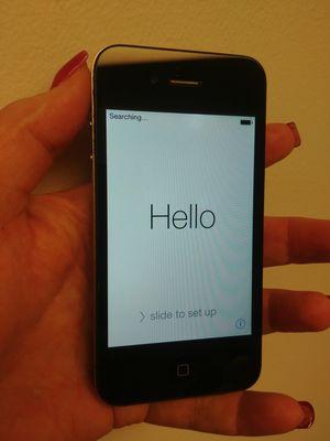 Apple iPhone 4 model A1332 for Sale in Mukilteo, WA
