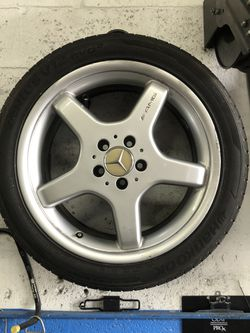 Mercedes AMG Rims / Tires 18in for Sale in Pompano Beach,  FL