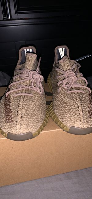 Yeezy 350 v2 Earth for Sale in Fort Wayne, IN