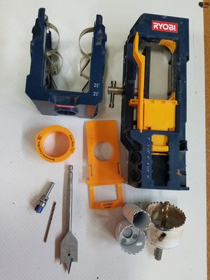 Door lock and hing kit for Sale in Bend, OR