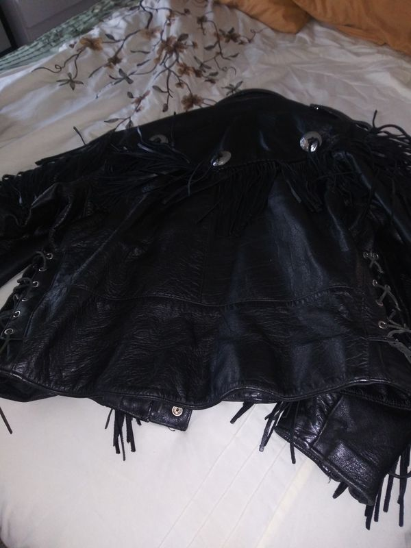 Men's or woman's new condition fringe leather to find jacket m/C leather