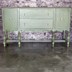 Vintage Buffet Cabinet ***** for Sale in Compton,  CA