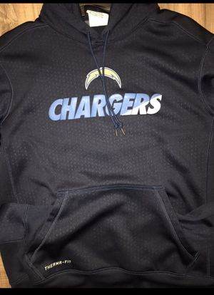 MENS MEDIUM CHARGERS NIKE THERMA FIT HOODIE for Sale in Huntington Beach, CA