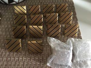 Brass/black strip knops☺️❤️ knew for Sale in Lynwood, CA