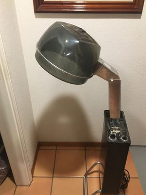 First Lady salon style hair dryer. Runs like a champ drys like a dream, even air flow around your dew. for Sale in Vista, CA