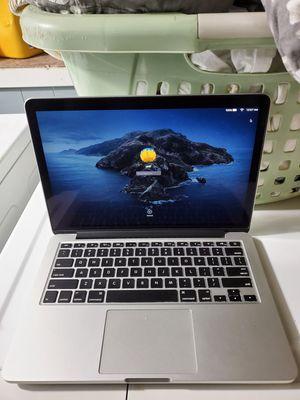 Macbook pro retina 13inch 2015 read description for Sale in Brooklyn, NY