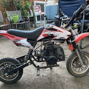 Dirty bike 49cc 2 stroke for Sale in Fullerton, CA