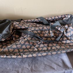 Duffle Bag With Wheels for Sale in McFarland,  CA