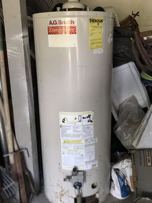 Water heater for Sale in Ivanhoe, CA