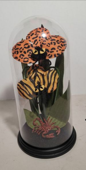 Halloween Hyde & EEK! Animal Print Faux Plants Cloche Terrarium Halloween for Sale in Cypress, CA