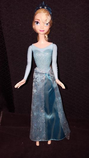 Disney Frozen Doll for Sale in Zanesville, OH