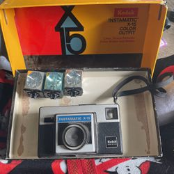 Kodak Instamatic X-15 And Flashes for Sale in Henderson,  NV