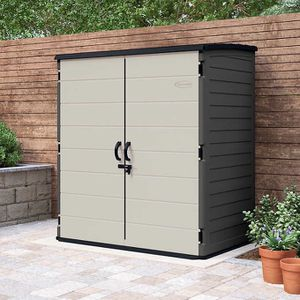 Suncast 6' x 4' Vertical Shed for Sale in Irvine, CA