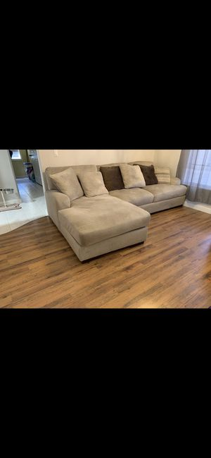2 year old couch. Very clean (original price $2500.00 for Sale in Tarpon Springs, FL