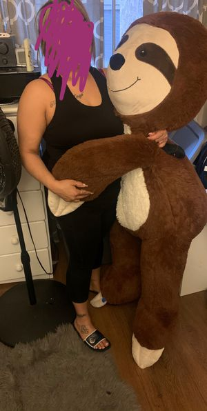 Giant Teddy Sloth 4 1/2 feet tall for Sale in Whittier, CA