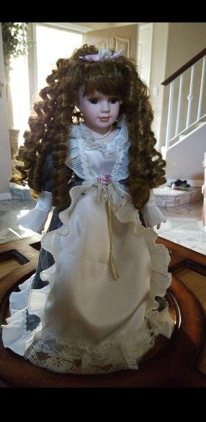 Porcelain doll for Sale in Fresno, CA