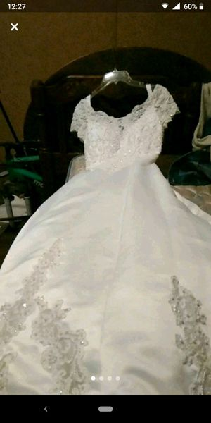 Brand new wedding dress for Sale in Lilburn, GA