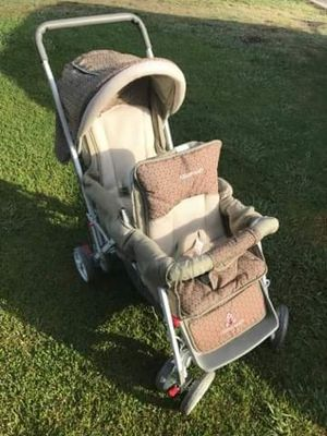 Double stroller FIRM PRICE NO DELIVERY CASH OR TRADE FOR BABY FORMULA for Sale in Los Angeles, CA