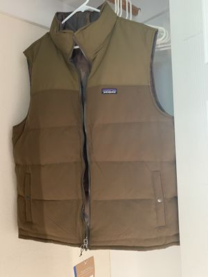 Patagonia reversible down vest - XL green / Camo for Sale in Boulder, CO