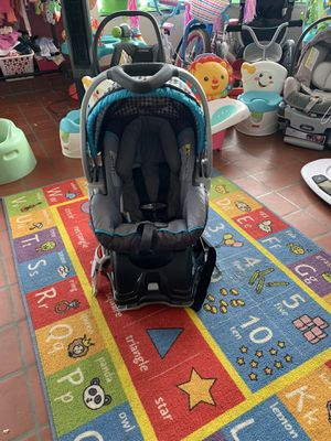 Baby trend infant car seat $35 firm!! for Sale in Lexington, NC