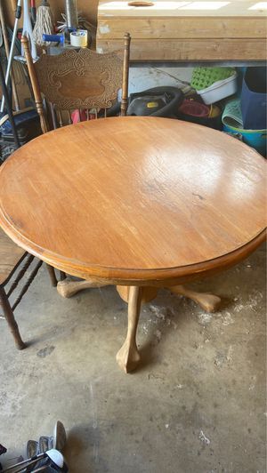 Table and two chairs for Sale in Lemoore, CA