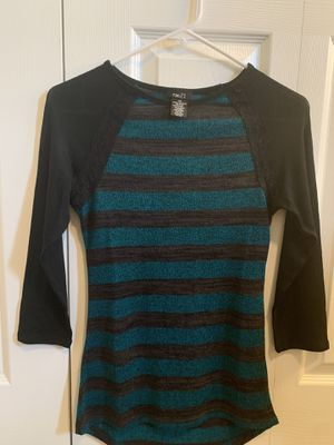 Long sleeve top for Sale in Bend, OR