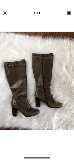 BORN Footwear Pull On Heeled BOOTS Mid Calf LEATHER Size 7.5M for Sale in Corona, CA