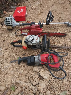 Chainsaw, bush. Wackers small & extended,. Small saw, drill and power saw for Sale in Dallas, TX