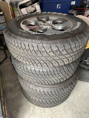 tires and wheels jeep Sahara 2017 and kit original for Sale in Pembroke Pines, FL