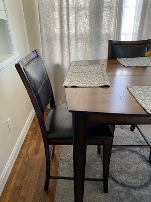 Kitchen table for Sale in Watsonville, CA