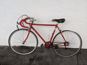 Classic Red Road Bike for Sale in Miami, FL