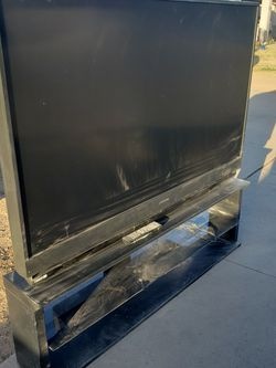 65 Inch TV Free for Sale in Tempe,  AZ