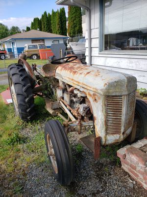Tractor for Sale in Puyallup, WA