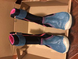 Plae Girls rain/snow boot size 8.5 for Sale in Whittier, CA