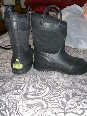 Kids Rain/Snow boots for Sale in Fort Worth, TX