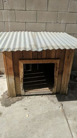 Dog house for Sale in Upland, CA