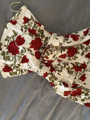 Vintage women's clothes clothing | FOREVER 21 White roses flower floral prom evening dress size S SMALL with ribbon belt for Sale in Los Angeles, CA