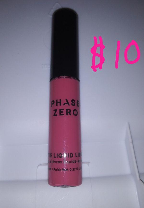 Lipsticks, lip liners, lip gloss, and 1 highlighter