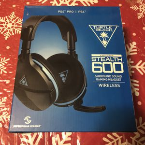 Turtle Beach 600 Stealth PS4/PS5 Headset for Sale in Irving, TX