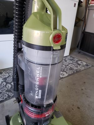 Hoover vacuum for Sale in Colton, CA