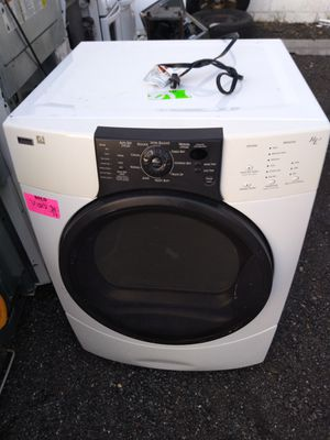Kenmore heavy duty Gas dryer works good 90 day warranty for Sale in Hyattsville, MD
