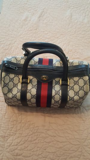 Gucci bag & key fob for Sale in Magnolia, TX