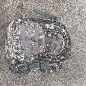 NcStar Hiking Army Backpack/ Bookbag for Sale in Canal Winchester, OH