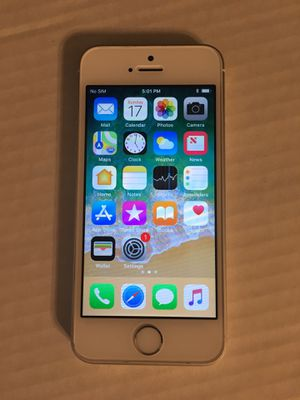 Carrier unlocked iPhone SE 64GB for Sale in Potomac, MD
