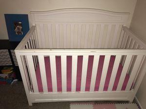 Baby Crib White for Sale in Payson, AZ