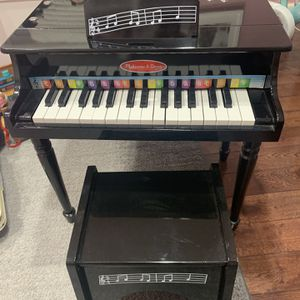 Piano Toddle Size for Sale in The Bronx, NY