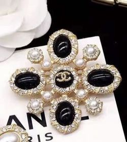 Black Pearls CC Brooch for Sale in Fremont,  CA
